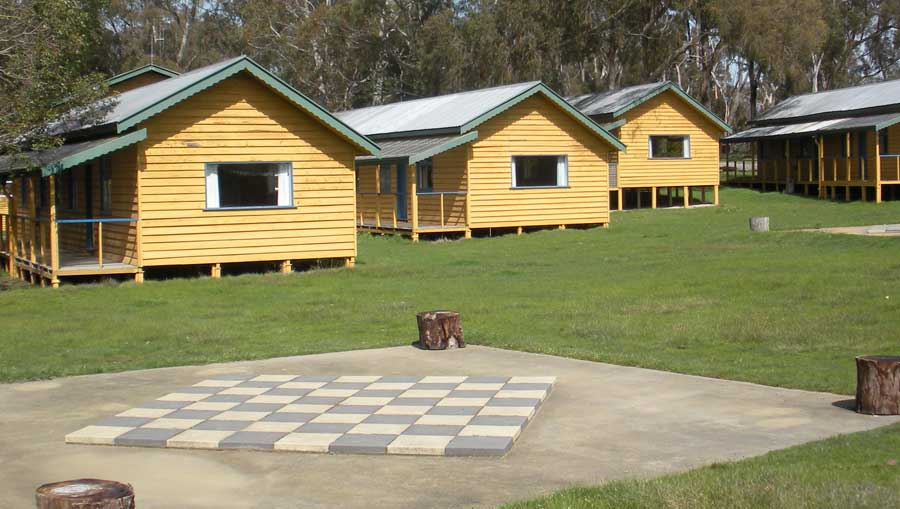 Campaspe Downs cabin accommodation